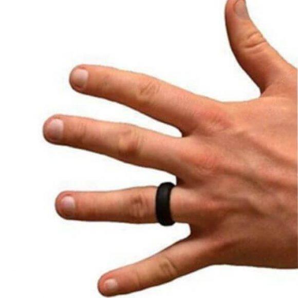 Man wearing silicone ring