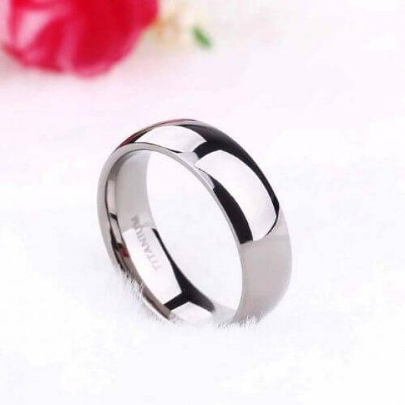 Man's titanium silver ring