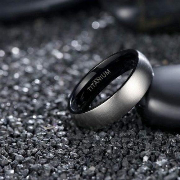 Man's Titatium Ring, Silver and Black